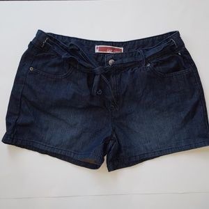 Women's Gap Jean Shorts With Tie Size 12